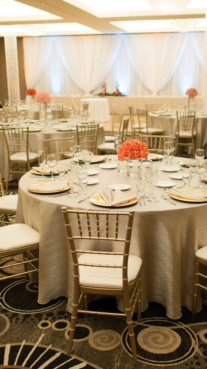 Table Linen Rental For Weddings Parties And Events