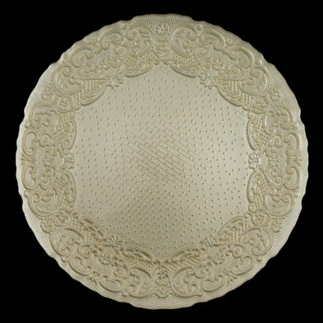 Lace Vanilla Glass Charger