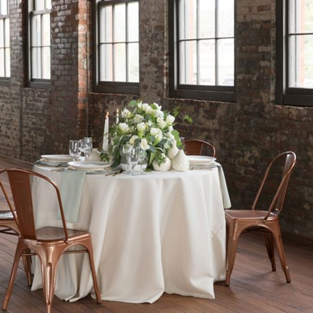 Designer: MMD Events | Photographer :Justin Demutiis Photography | Venue: Armature Works