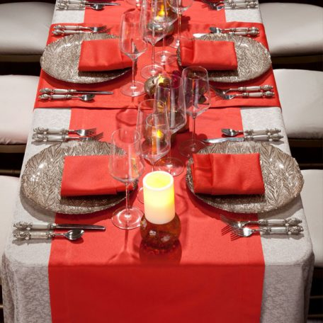 Taupe Charmed Tablescape with Poppy Duet Napkins Table Runners