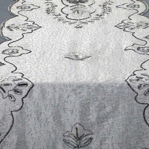 Platina Table Runner