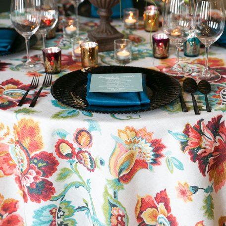 Designer: Tami Winn Events | Photographer: Tracy Autem Photography | Venue: The Fort Worth