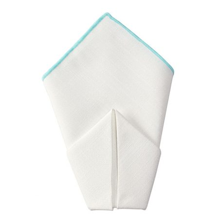 Rent a variety of dinner napkins from Fabulous Events for your special event.