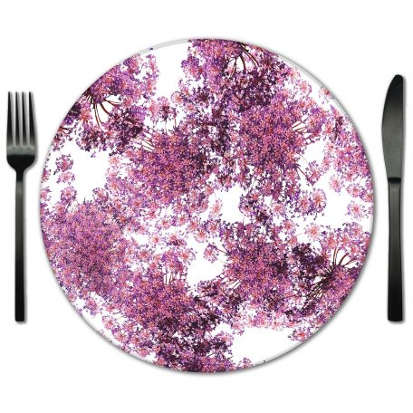 Exclusive Glass Placemat rentals from Fabulous Events. Choose from dozens of styles