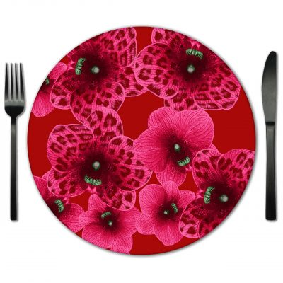 Rent Glass Placemats from Fabulous Events. Exclusive supplier of Lola Valentina Glass Place mats.